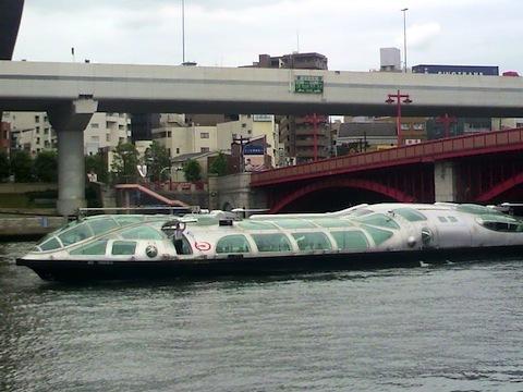 東京浅草 からお台場行き 水上バス「銀河鉄道999」