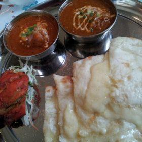 インドカレーを食べに行ってきました