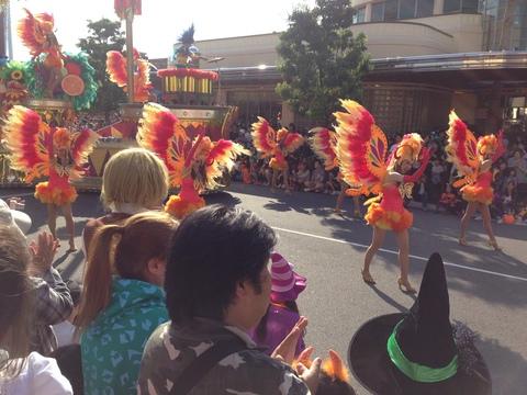 ユニバーサルスタジオ パレードを見に行ってきました