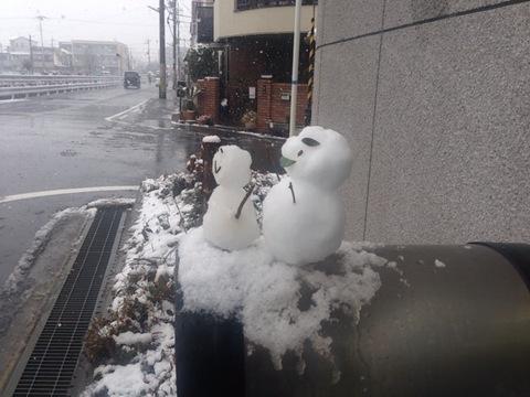 ソレイユ雪だるまを作りましたよぉ〜